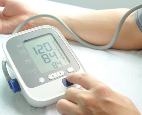VHF-Risiko bei älteren Menschen – welche Rolle spielt der Blutdruck?